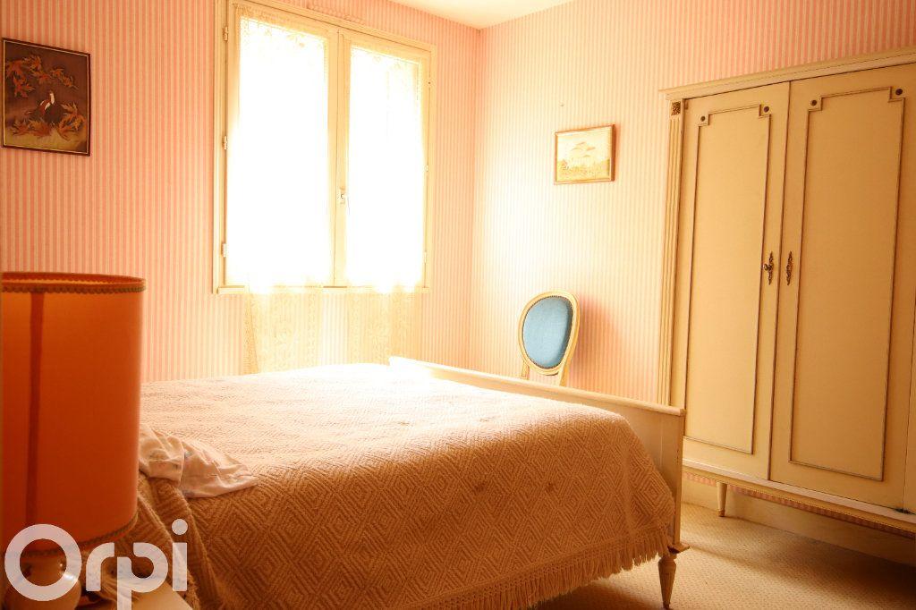 Maison à vendre 6 130m2 à Vaux-sur-Mer vignette-8
