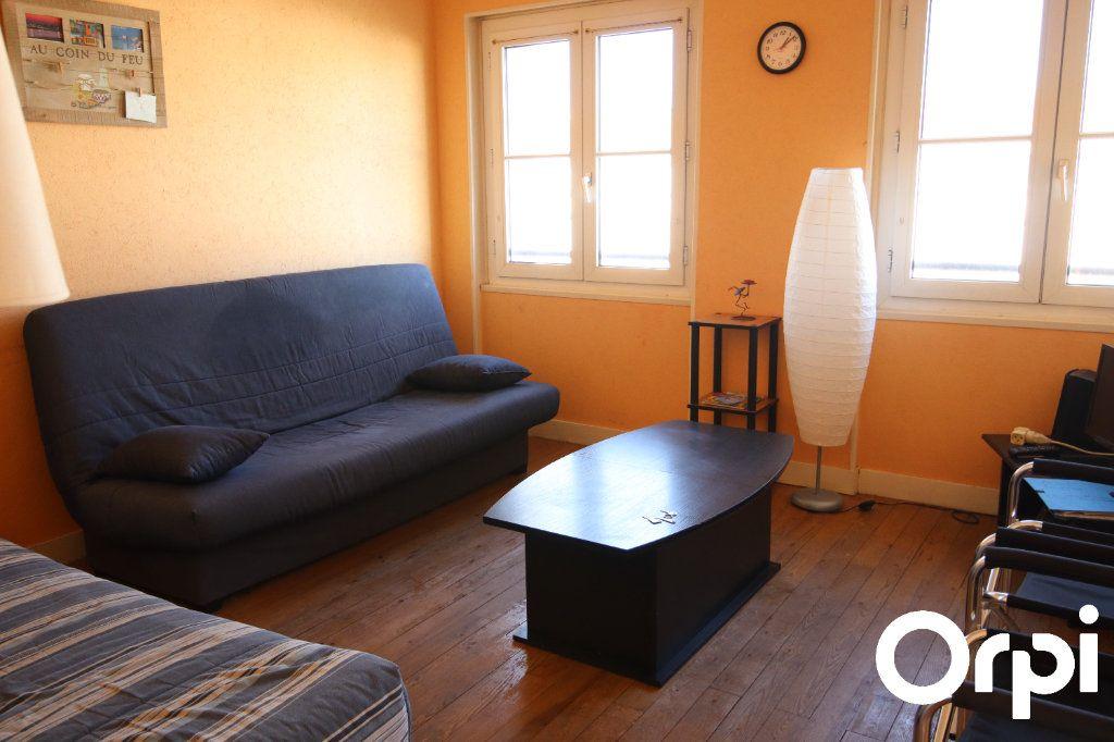 Appartement à vendre 2 43.7m2 à Royan vignette-1