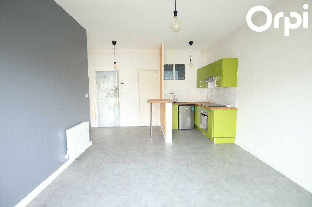 Appartement à vendre 2 44.38m2 à Royan vignette-2