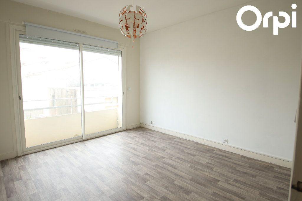 Appartement à vendre 2 44.38m2 à Royan vignette-4