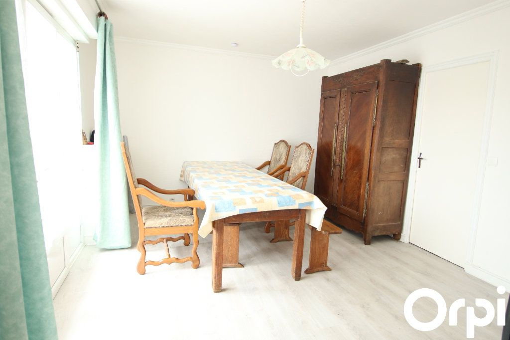 Maison à vendre 5 93.1m2 à Royan vignette-3