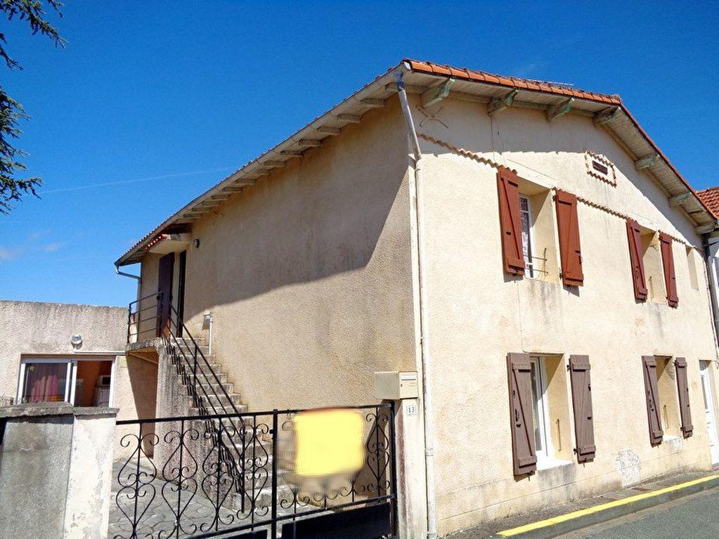 Maison à vendre 8 182m2 à Saint-Palais-sur-Mer vignette-2