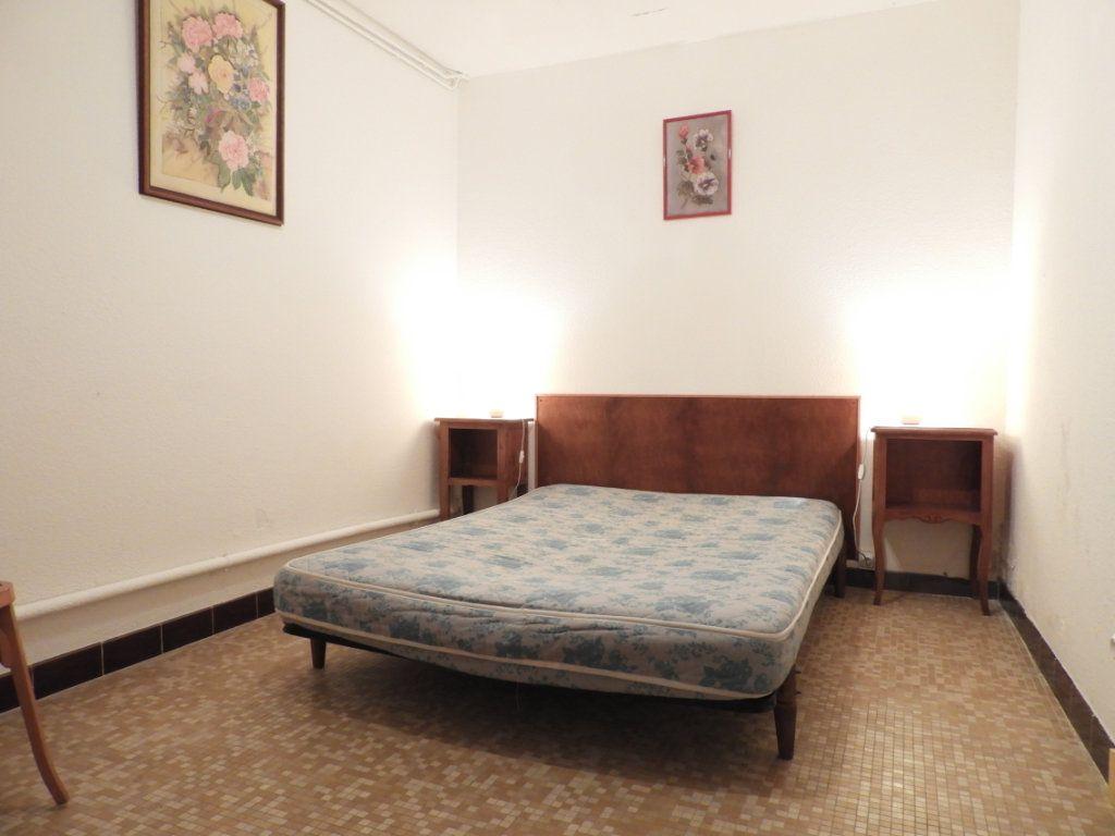 Maison à vendre 8 182m2 à Saint-Palais-sur-Mer vignette-10