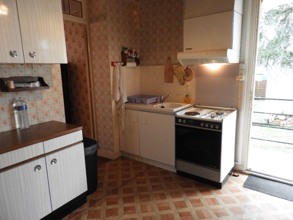 Maison à vendre 8 182m2 à Saint-Palais-sur-Mer vignette-12