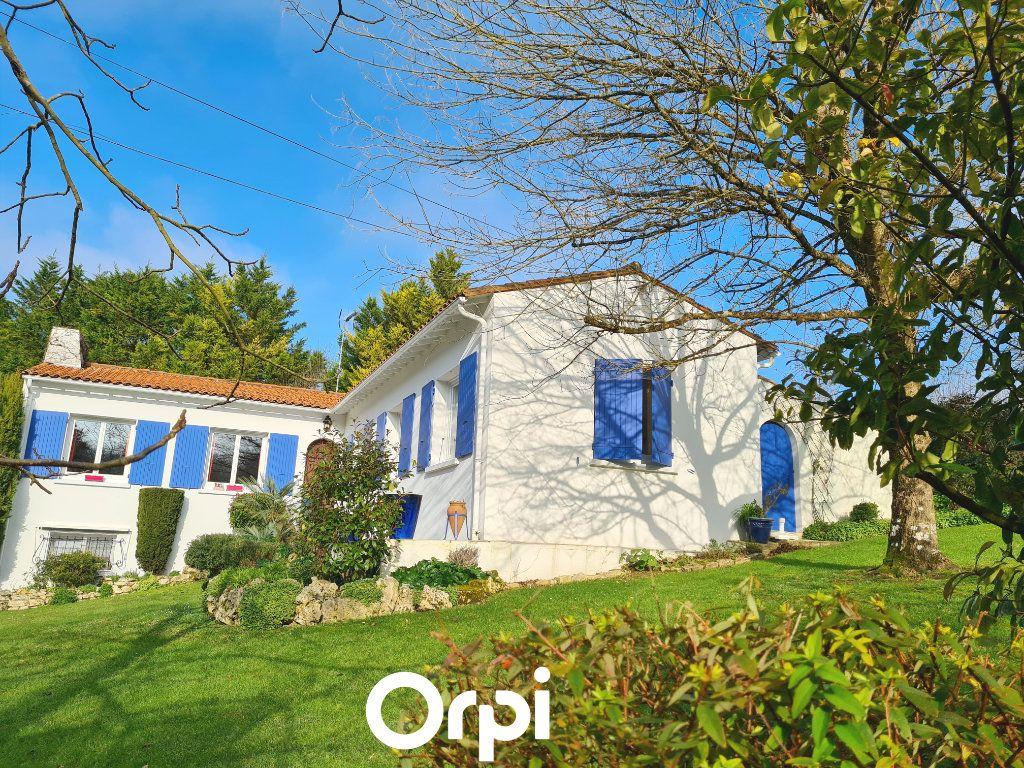 Maison à vendre 5 125m2 à Saint-Palais-sur-Mer vignette-14