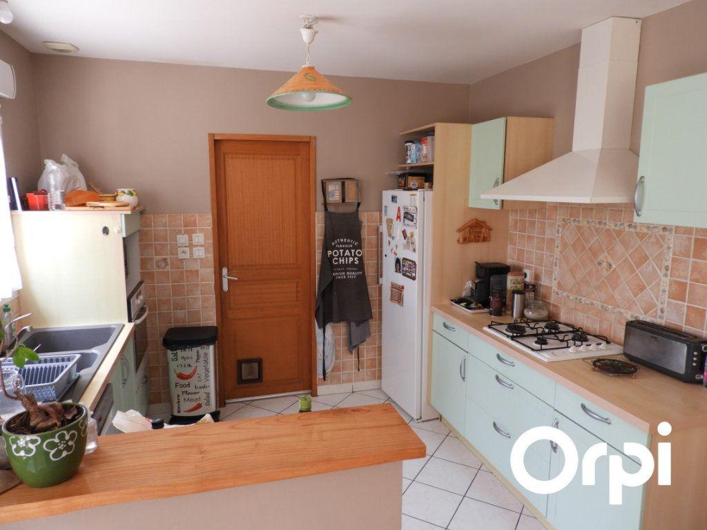 Maison à vendre 5 128m2 à Saint-Palais-sur-Mer vignette-6