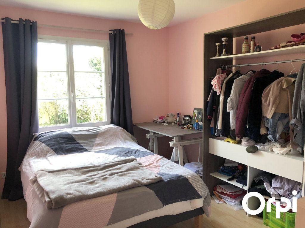 Maison à vendre 5 128m2 à Saint-Palais-sur-Mer vignette-9