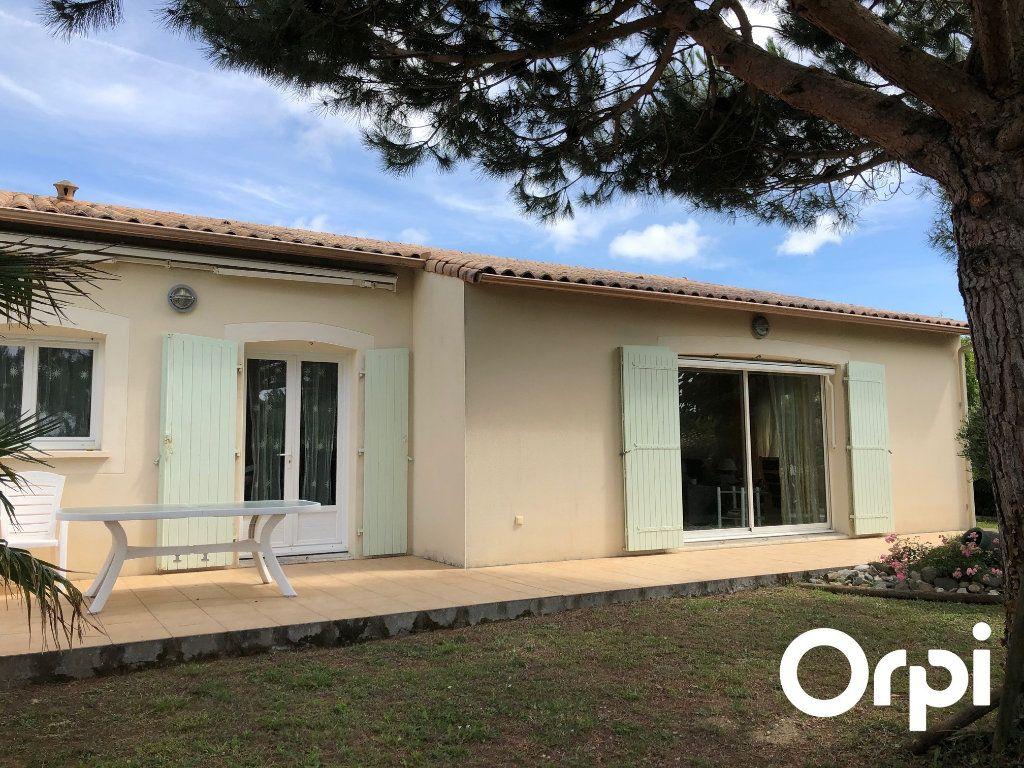 Maison à vendre 5 128m2 à Saint-Palais-sur-Mer vignette-15