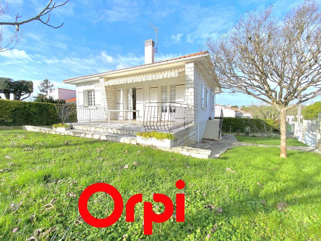 Maison à vendre 5 100m2 à Saint-Palais-sur-Mer vignette-1