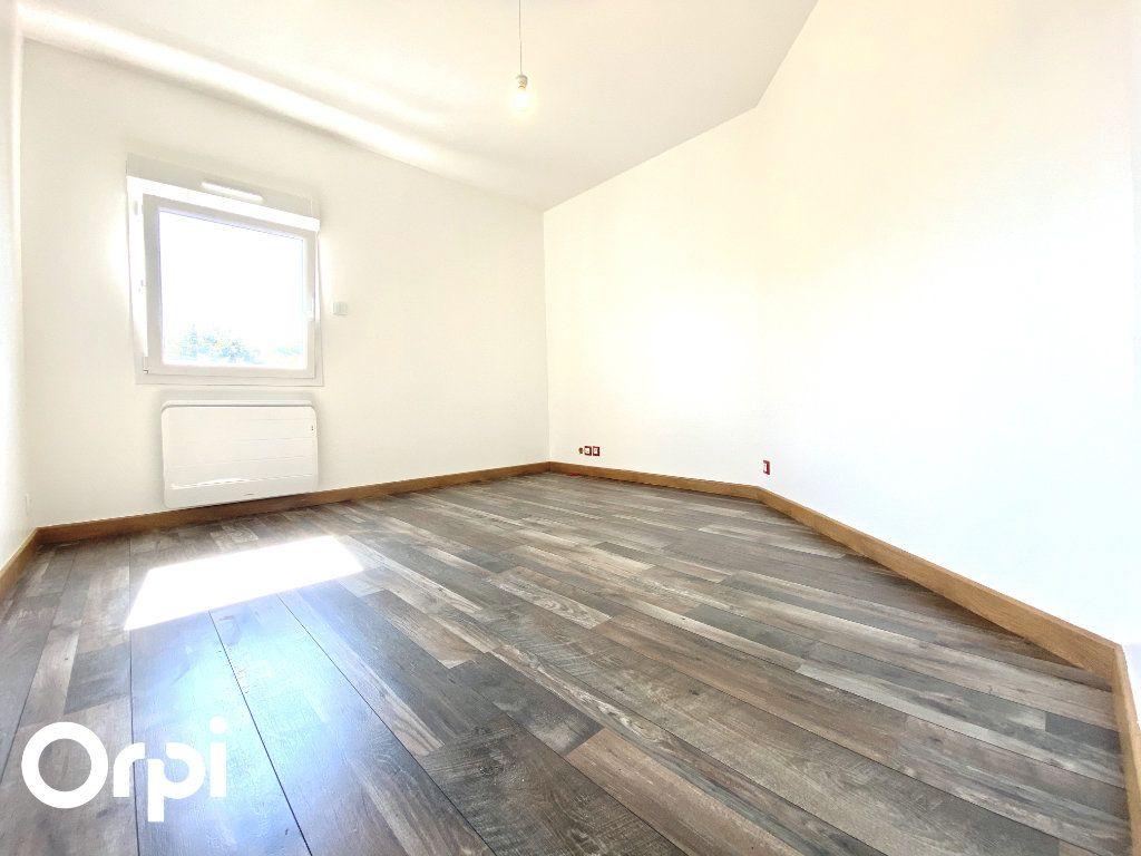 Maison à vendre 8 200m2 à Saint-Palais-sur-Mer vignette-10
