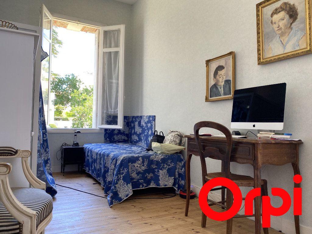Maison à vendre 10 190m2 à Saint-Palais-sur-Mer vignette-7