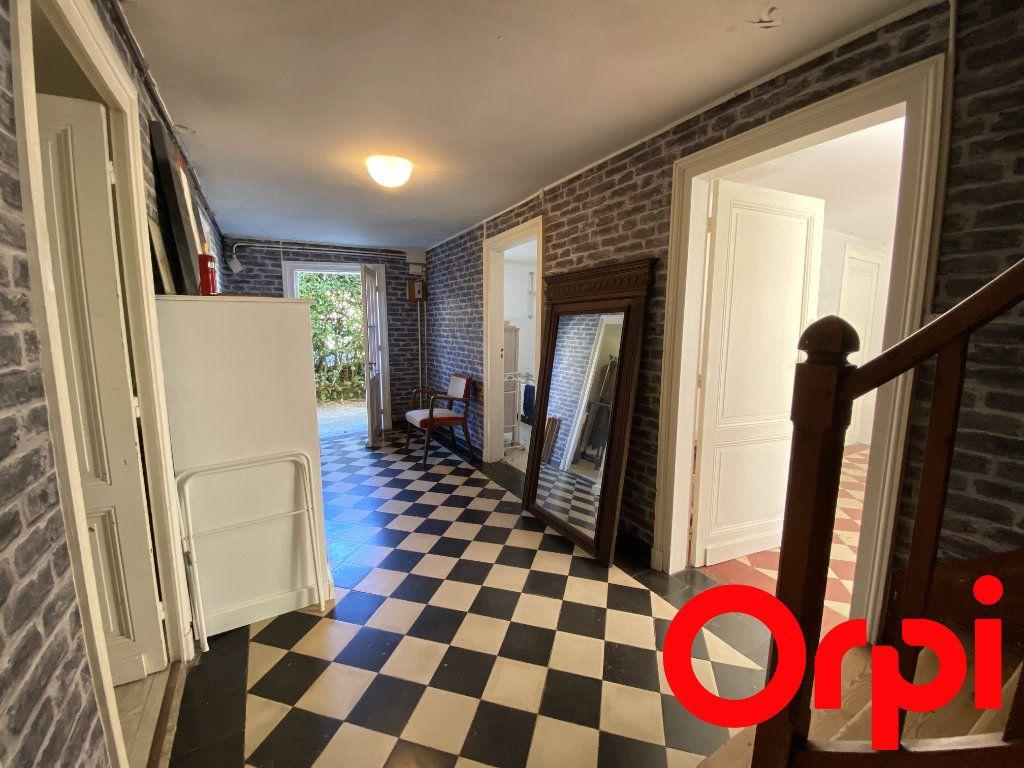 Maison à vendre 10 190m2 à Saint-Palais-sur-Mer vignette-11