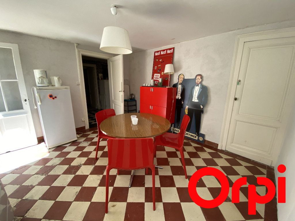Maison à vendre 10 190m2 à Saint-Palais-sur-Mer vignette-12