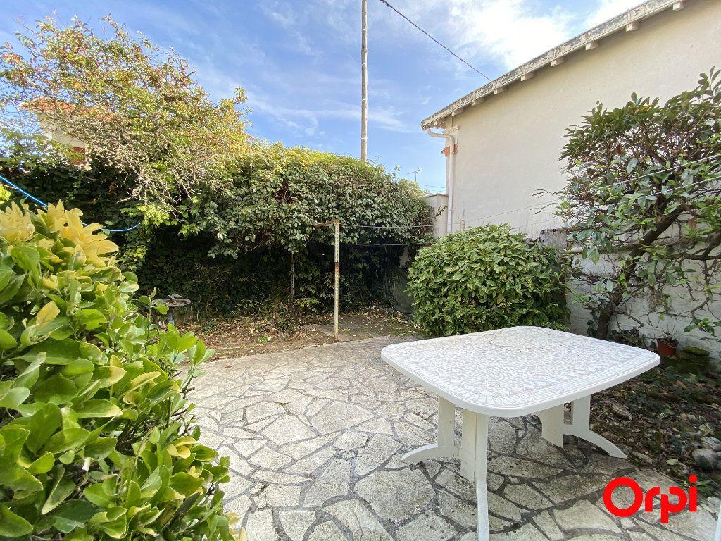 Maison à vendre 4 76m2 à Saint-Palais-sur-Mer vignette-13