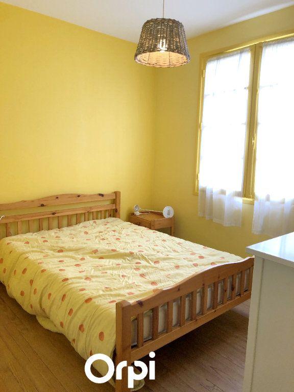 Maison à vendre 8 143.29m2 à Saint-Palais-sur-Mer vignette-10