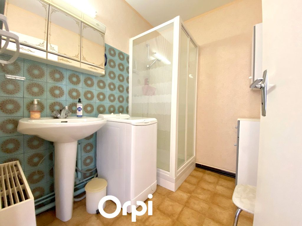 Appartement à vendre 2 41.35m2 à Saint-Palais-sur-Mer vignette-6