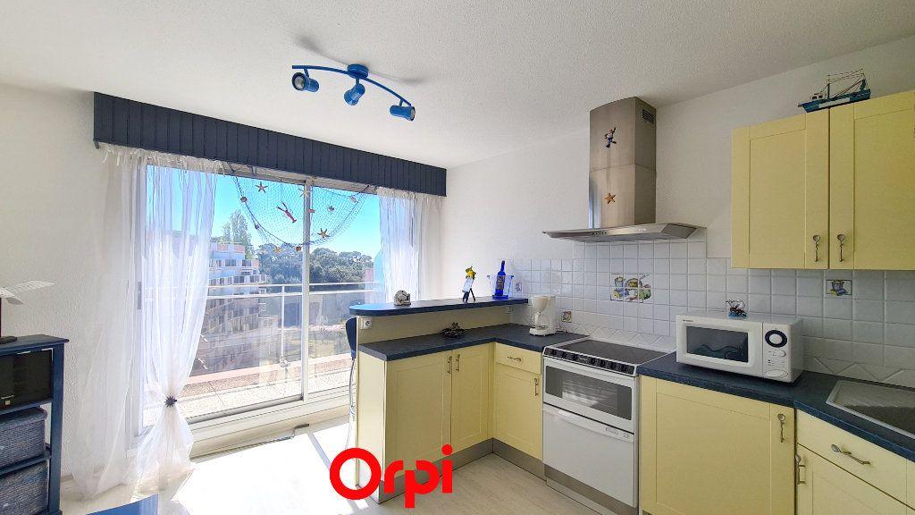 Appartement à vendre 1 20m2 à Vaux-sur-Mer vignette-2