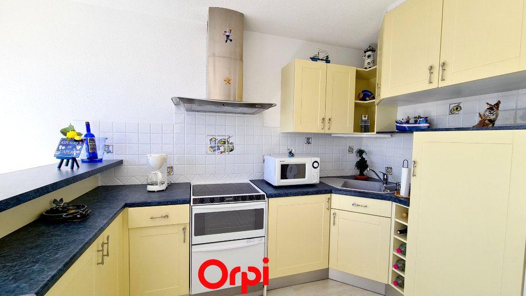 Appartement à vendre 1 20m2 à Vaux-sur-Mer vignette-4