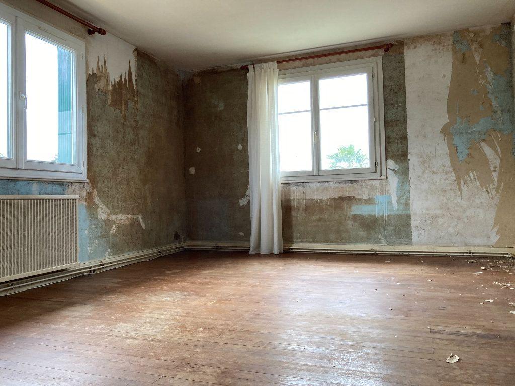 Maison à vendre 4 90m2 à Saint-Sulpice-de-Royan vignette-6
