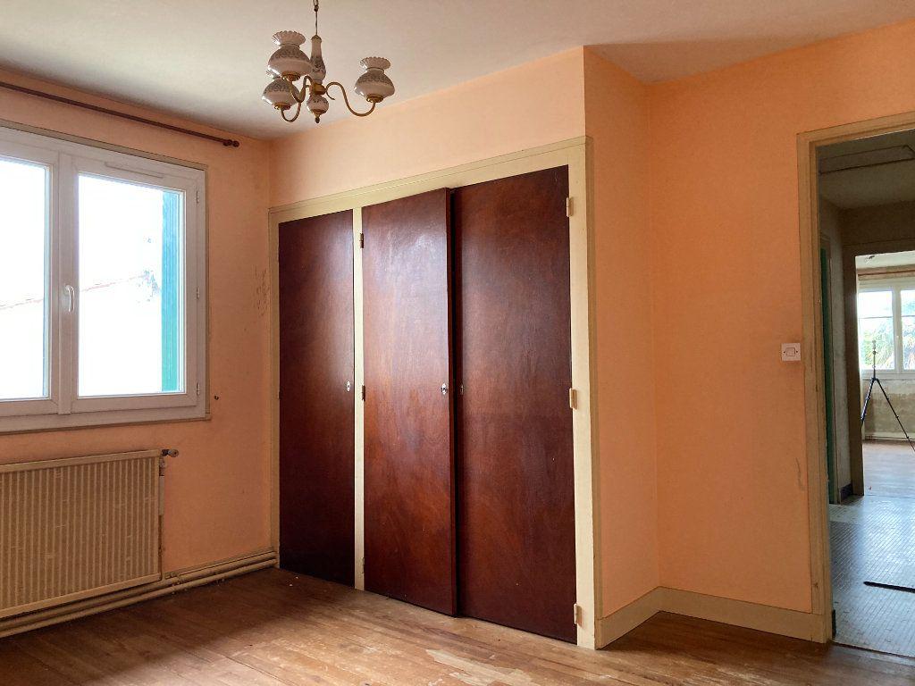 Maison à vendre 4 90m2 à Saint-Sulpice-de-Royan vignette-7