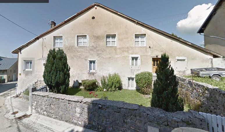 Maison à vendre 11 228m2 à Hauteville-Lompnes vignette-1