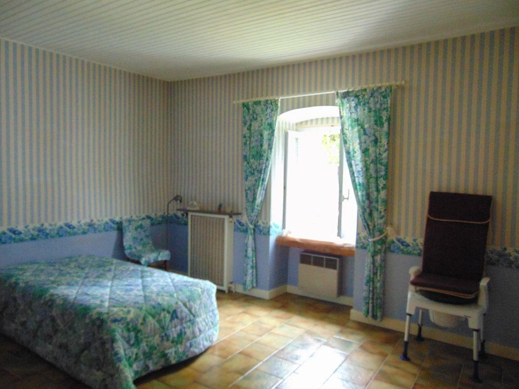 Maison à vendre 11 228m2 à Hauteville-Lompnes vignette-4
