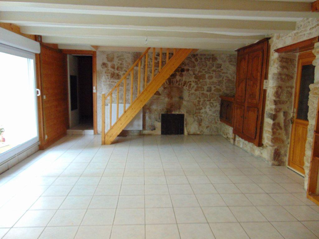Maison à vendre 11 228m2 à Hauteville-Lompnes vignette-7