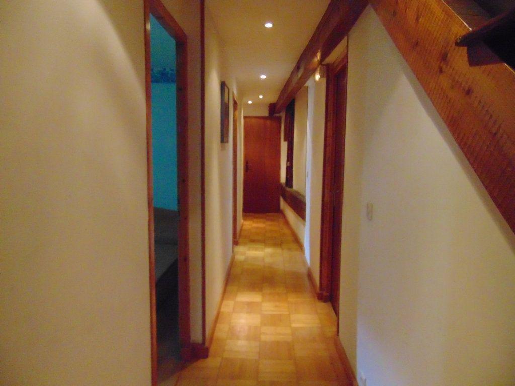 Maison à vendre 11 228m2 à Hauteville-Lompnes vignette-12