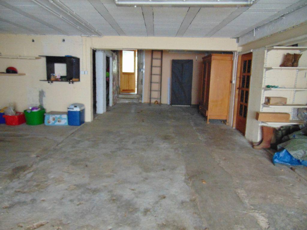 Maison à vendre 11 228m2 à Hauteville-Lompnes vignette-13