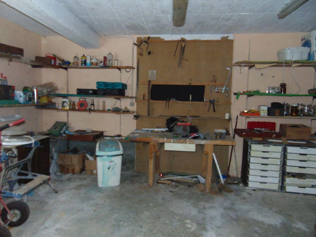 Maison à vendre 11 228m2 à Hauteville-Lompnes vignette-14