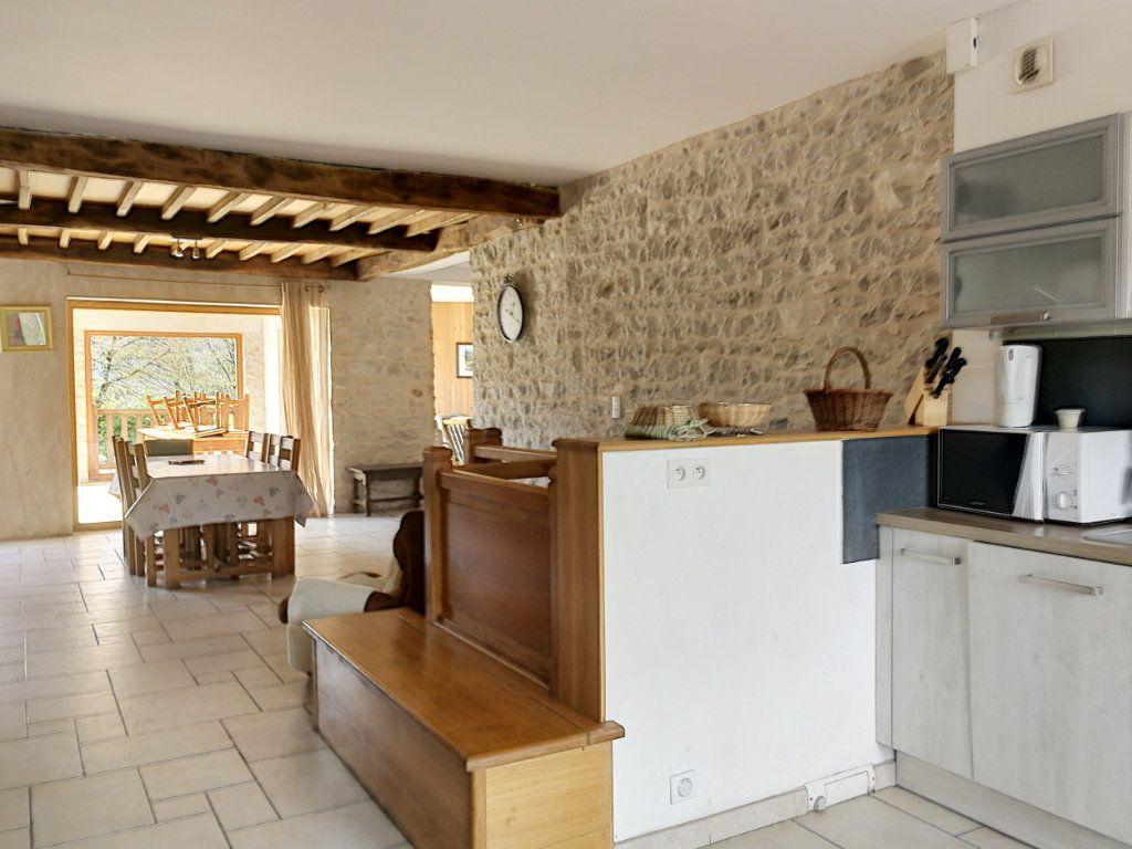 Maison à vendre 6 200m2 à Hautecourt-Romanèche vignette-5