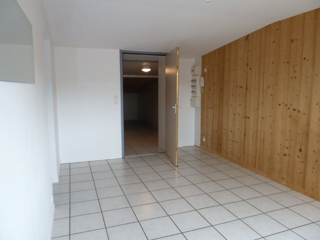 Appartement à vendre 2 68m2 à Brénod vignette-3