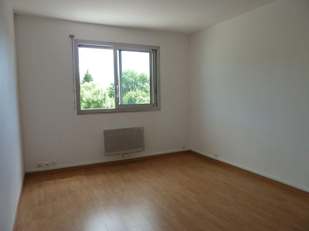 Appartement à vendre 2 68m2 à Brénod vignette-5
