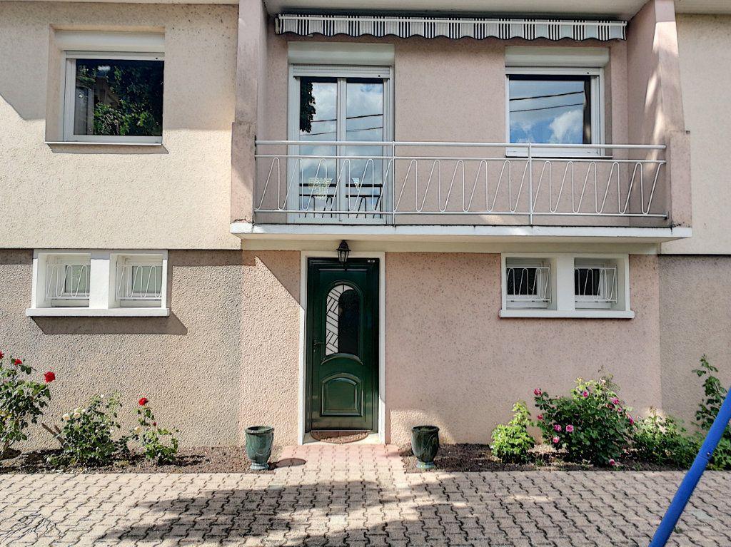 Maison à vendre 7 159.8m2 à Bourg-en-Bresse vignette-7