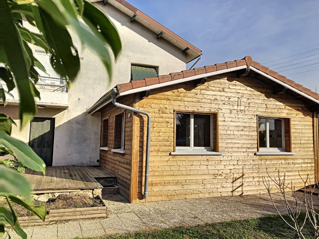 Maison à vendre 7 150m2 à Péronnas vignette-5