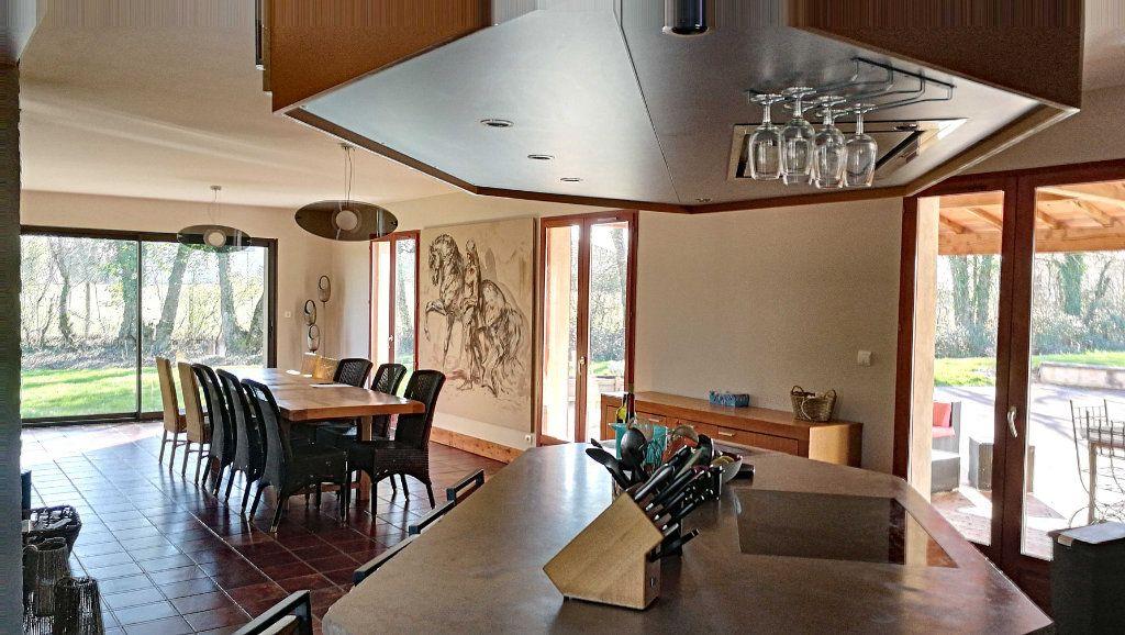 Maison à vendre 8 198m2 à Saint-Just vignette-2