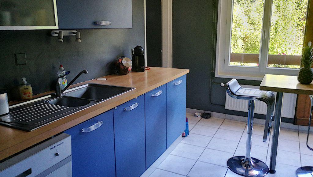 Appartement à vendre 5 95.44m2 à Saint-Just vignette-2