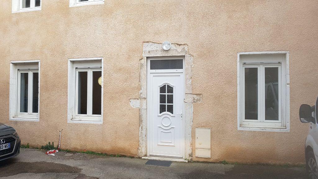 Appartement à vendre 2 57.78m2 à Bourg-en-Bresse vignette-3