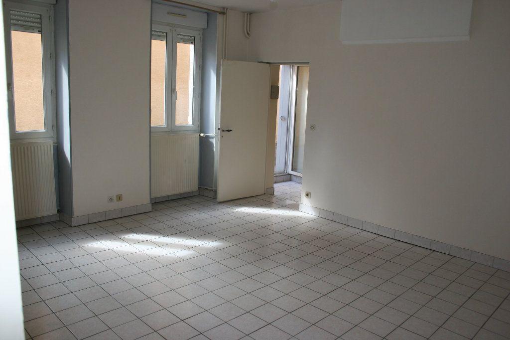 Appartement à vendre 2 57.78m2 à Bourg-en-Bresse vignette-4