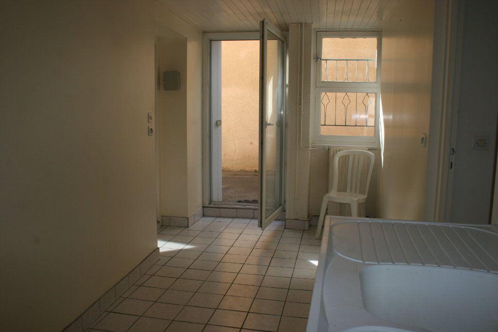 Appartement à vendre 2 57.78m2 à Bourg-en-Bresse vignette-5