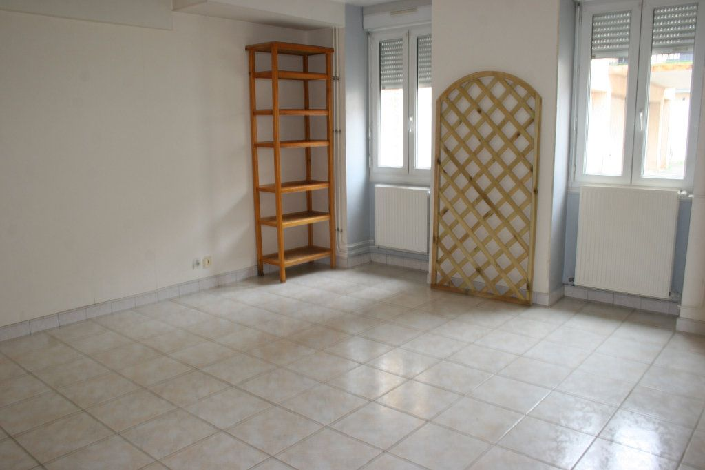 Appartement à vendre 2 57.78m2 à Bourg-en-Bresse vignette-6