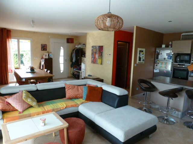 Maison à vendre 6 113m2 à Chanoz-Châtenay vignette-5