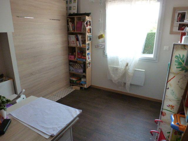Maison à vendre 6 113m2 à Chanoz-Châtenay vignette-8