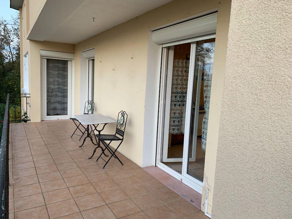 Maison à vendre 4 120m2 à Montrevel-en-Bresse vignette-2