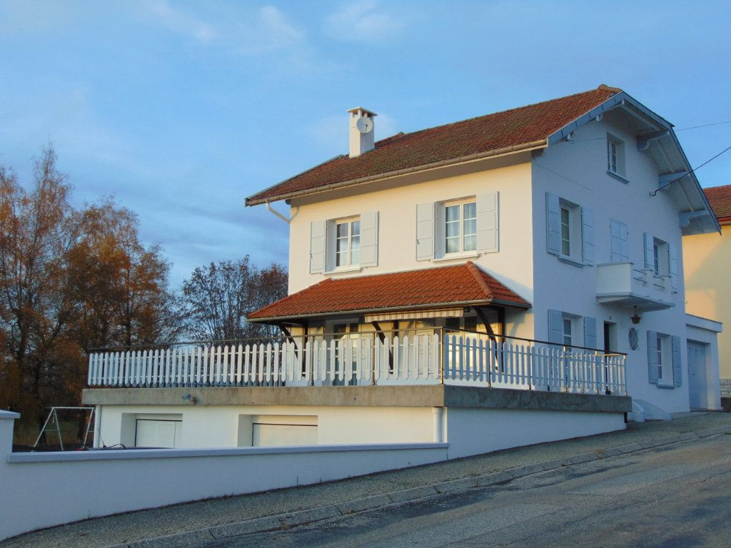 Maison à vendre 7 160m2 à Hauteville-Lompnes vignette-2
