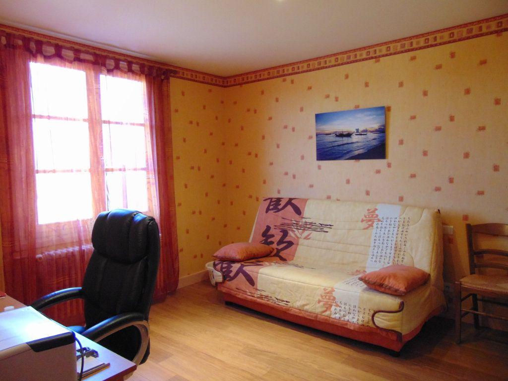 Maison à vendre 7 160m2 à Hauteville-Lompnes vignette-4