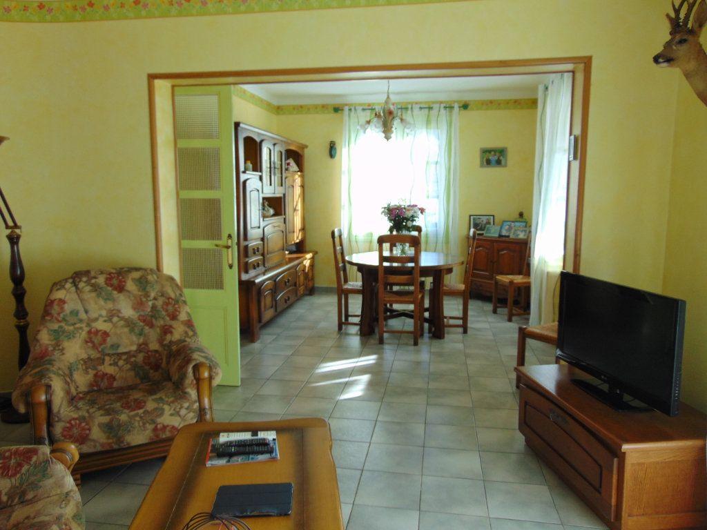 Maison à vendre 7 160m2 à Hauteville-Lompnes vignette-5