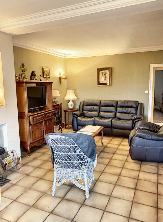 Maison à vendre 6 138m2 à Bourg-en-Bresse vignette-3
