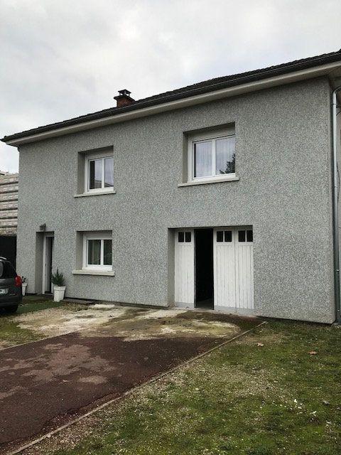 Maison à vendre 7 200m2 à Bourg-en-Bresse vignette-2