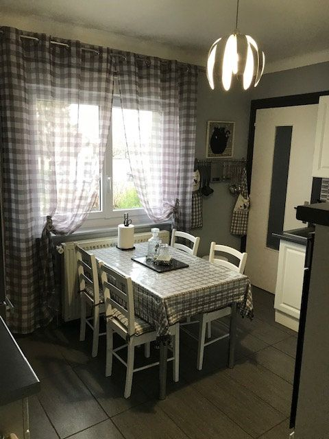 Maison à vendre 7 200m2 à Bourg-en-Bresse vignette-4